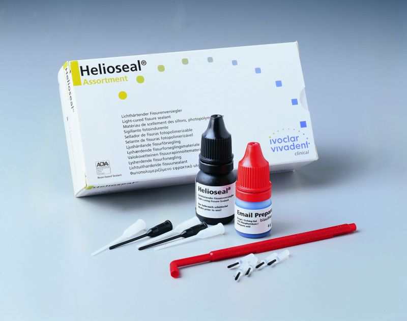 Ivoclar, Helioseal, Intro Kit, 1 - 8g bottle, 1 - 6g Email Preparator, & Access.